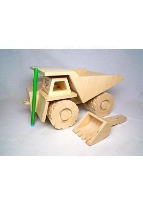 Самосвал ФАЗ с совком-ковшом покрыт лаком