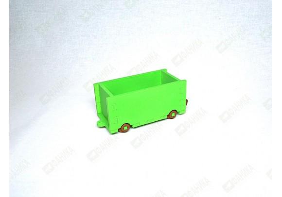 Вагончик грузовой салатового цвета