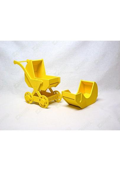 Коляска 2 в 1 жёлтого цвета